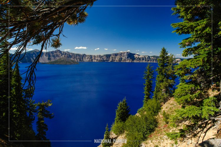 Sun Notch Viewpoint in Crater Lake National Park in Oregon
