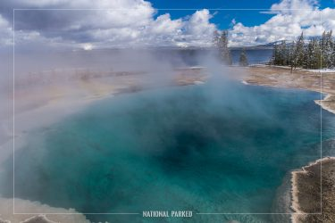 Black Pool in Yellowstone National Park in Wyoming